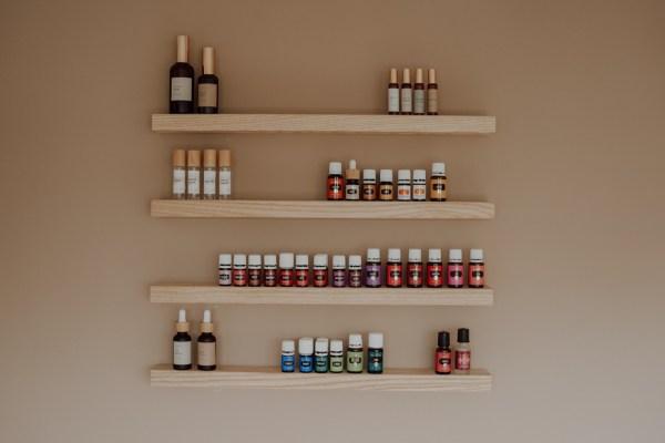 Aesthetic brush studio dinges carlyne fotografie sticker oliedingen mannenstickers ingezoomd