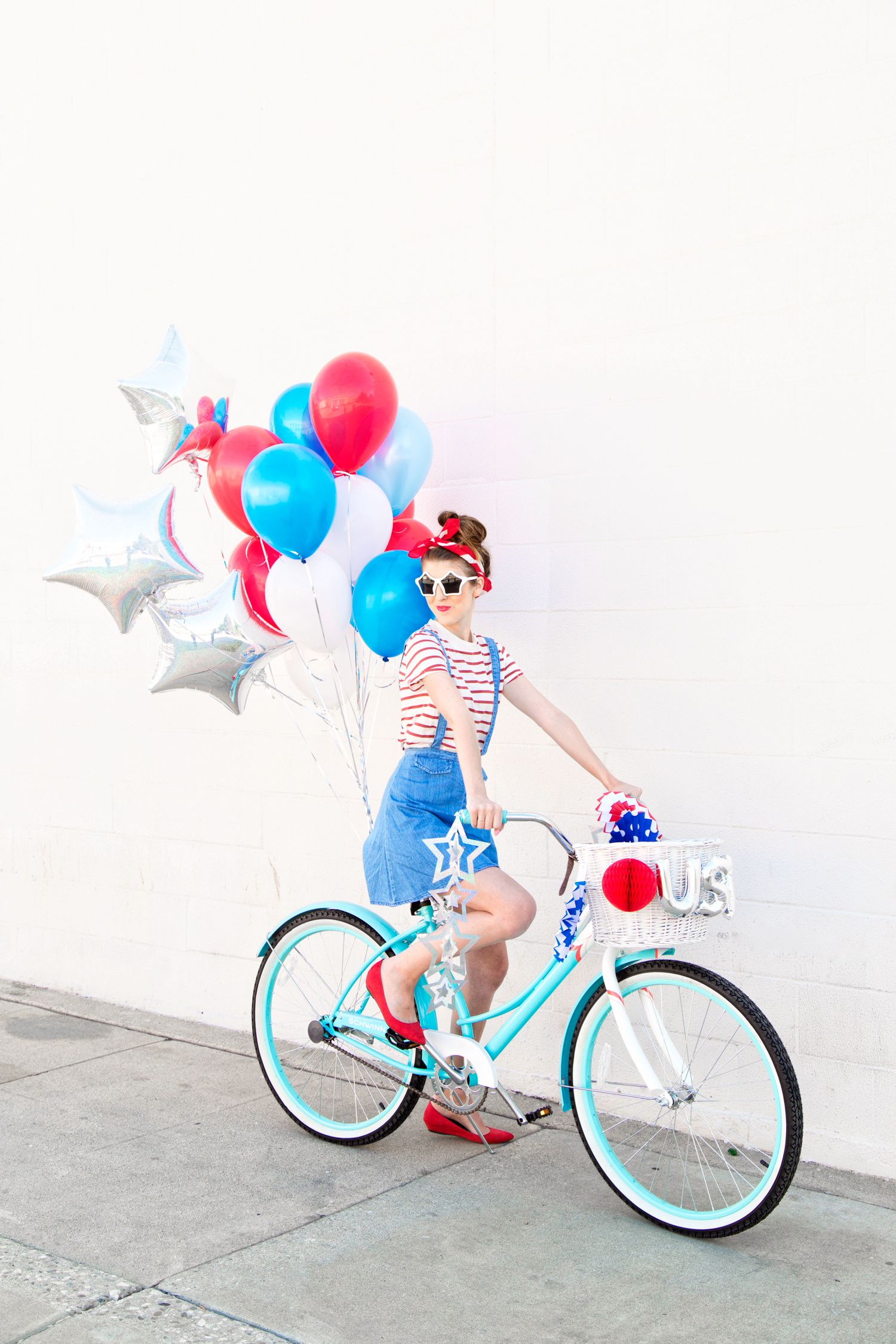 DIY Fourth Of July Balloon Bikes Studio DIY