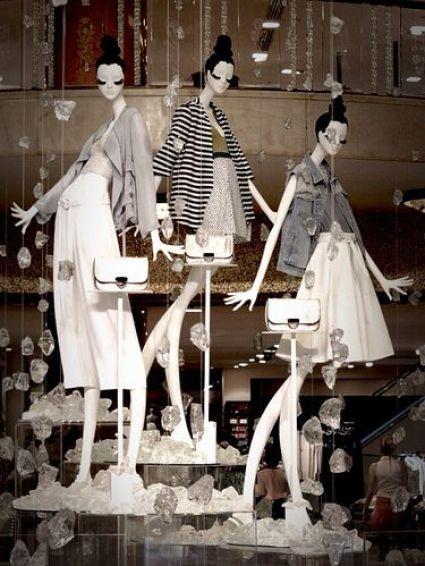 escaparates en blanco y negro glamurosos