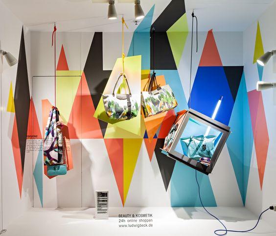 Como diseñar decoraciones de escaparates y estar en el mercado actual