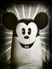 19.Dito-Mickey-Mouse-e1350312763163