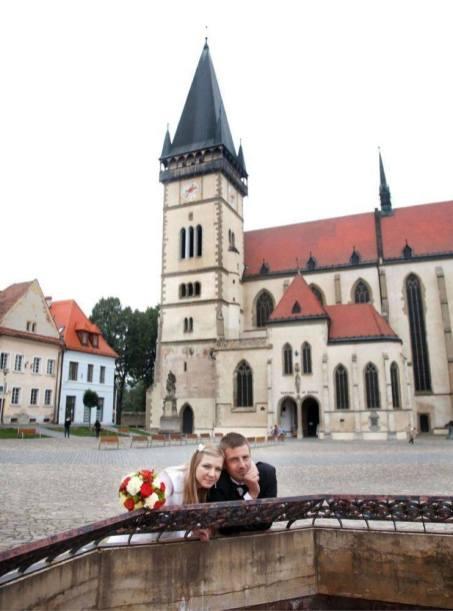 Sesja ślubna na rynku w Bardejovie