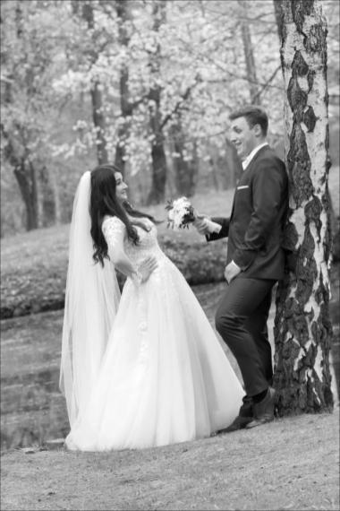 Plener ślubny w parku Siary