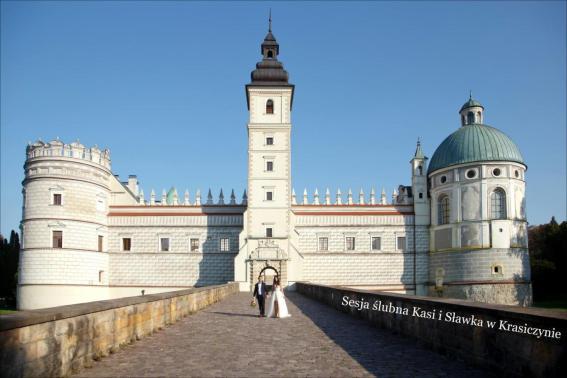 Sesja ślubna Kasi i Sławka na zamku w Krasiczynie
