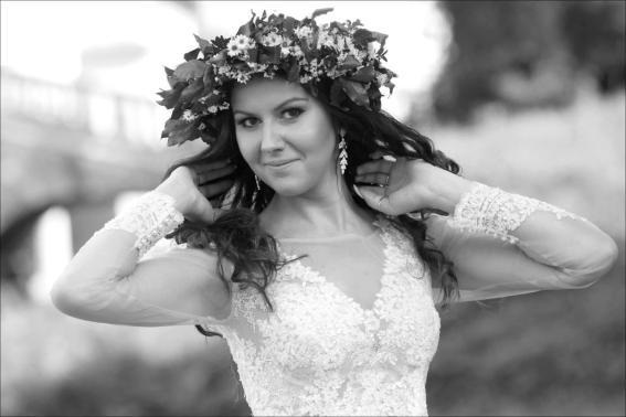 Sesja ślubna z wiankiem