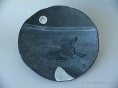"""Turtle hatchling - Decorative Bowl (9 1/4"""" diameter), $150   Tortue venant d'éclore - Bol décoratif (diamètre : 23,5 cm), 150 $"""