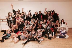 Halloween Dance Pics !