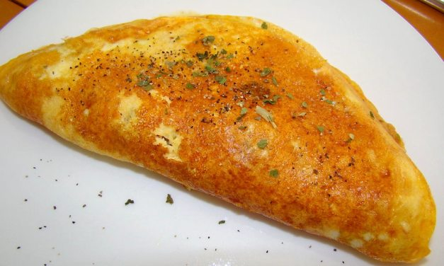 How to Make a Quick and Simple Omelet for One