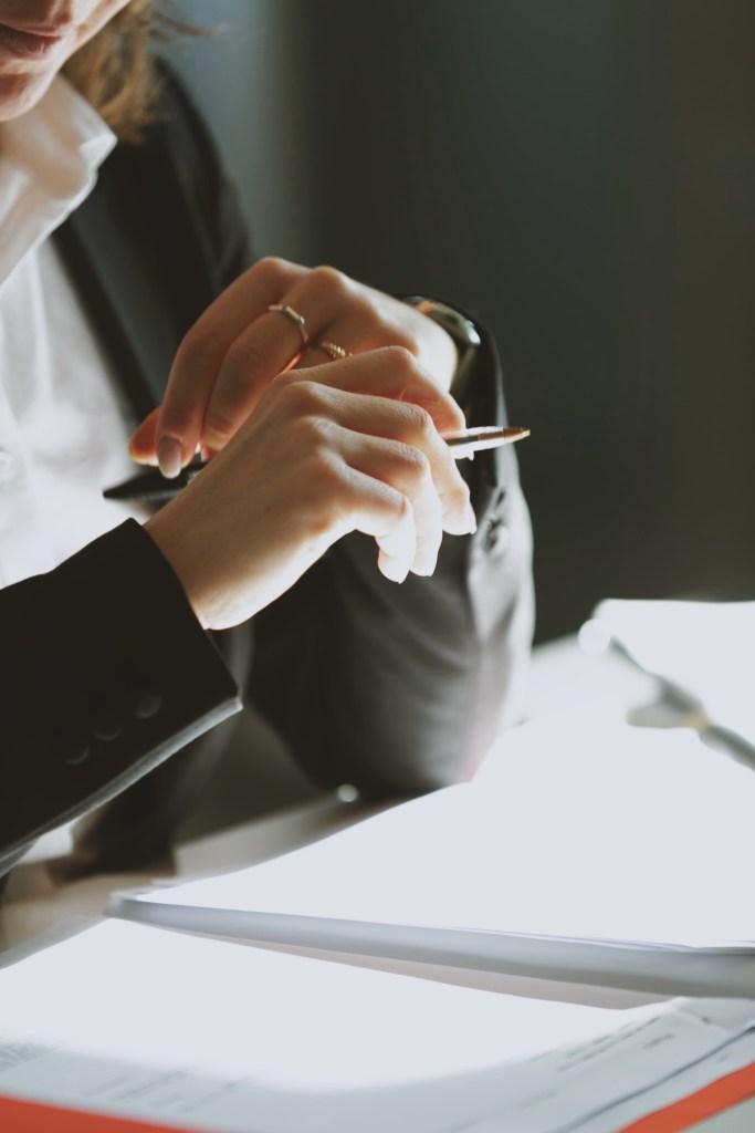 Consulenza Legale Oraria | Consulenza Legale Online | Avvocato Online | Consulenza Legale Costo | Richiesta Consulenza Legale | Consulenza Legale Online a Pagamento | Studio Legale Online | Quesiti Legali | Servizi Legali Online |