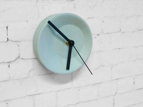 Product studio Lorier clock 2