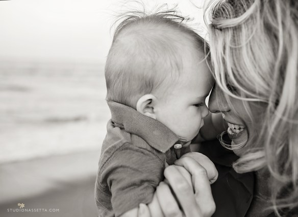 intimate baby and mother photograph Outer banks NC