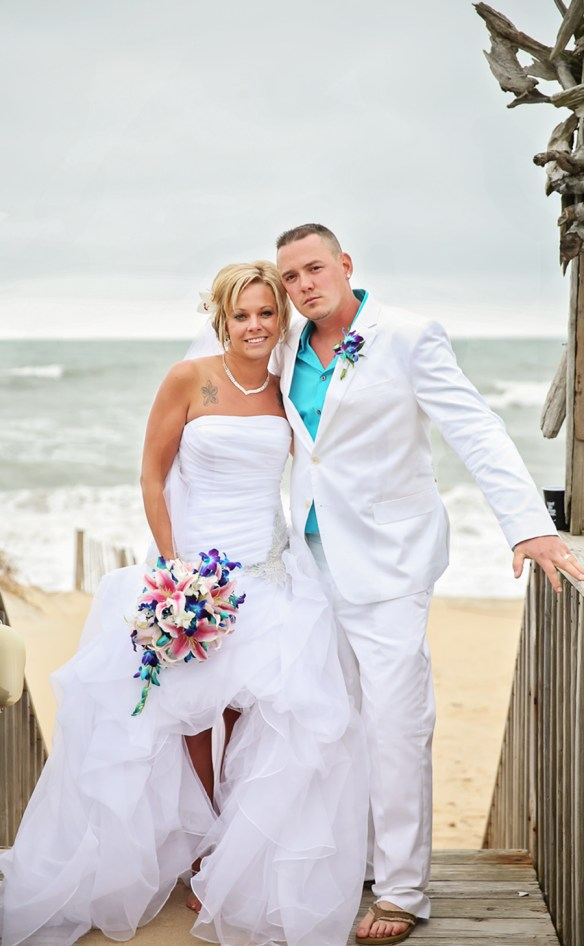 wedding_couple_beach_north_carolina