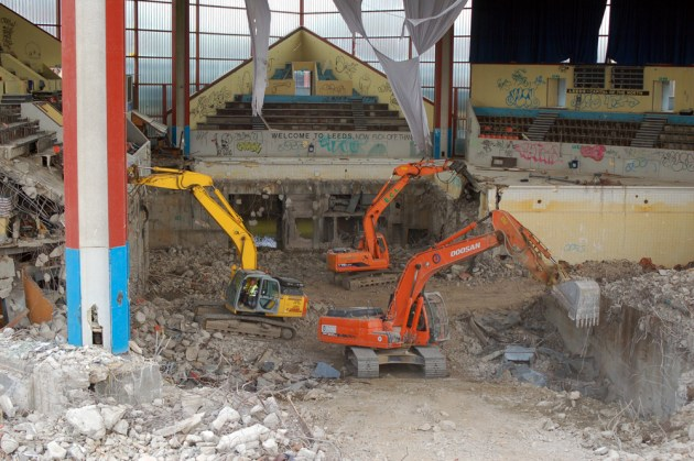 Leeds International Pool demolition