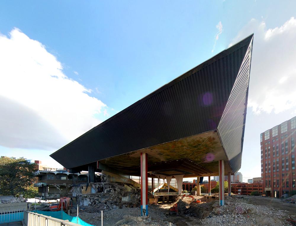 Leeds International Pool demolition