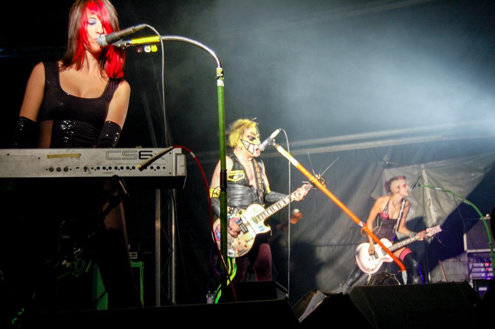AntiProduct at Stockton International Riverside Festival 2006