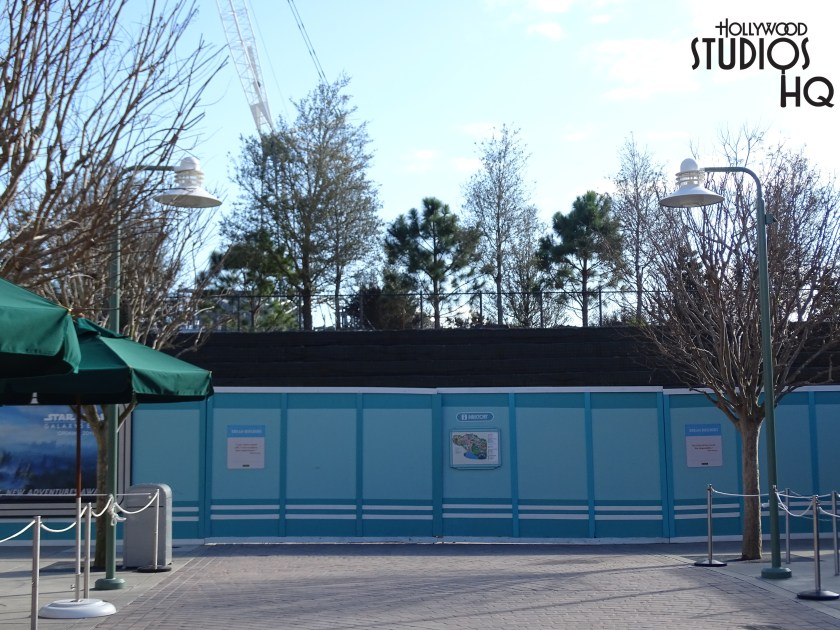 At the end of Pixar Place more trees have been added behind the construction wall to avoid guests peaking in on Batuu's construction. I have also noticed there is some space between the construction wall and the actual building effort which adds more likelihood that Grand Avenue will continue through the two big gate doors by Harmony's Music shop and proceed all the way to Toy Story Land.