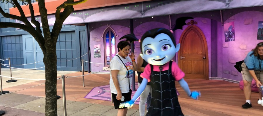 In addition to delighting guests at Hollywood and Vine Character dining, this popular Disney Junior character is now interacting with visitors of all ages at Animation Courtyard. Vampirina, who replaced Jake from the Neverland Pirates, is ready for photos from 9:30am to 6:30pm daily. Stay tuned to Hollywood Studios HQ for the latest updates in character entertainment news. Disney's Hollywood Studios. Photo by John Capos