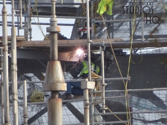 Crews continue exterior fabrication on Planet Batuu with welding activity in numerous locations. The main mountain range is now free of scaffolding. Hollywood Studios HQ remains the best source for construction news. Star Wars: Galaxy's Edge. Disney's Hollywood Studios. Photo by John Capos