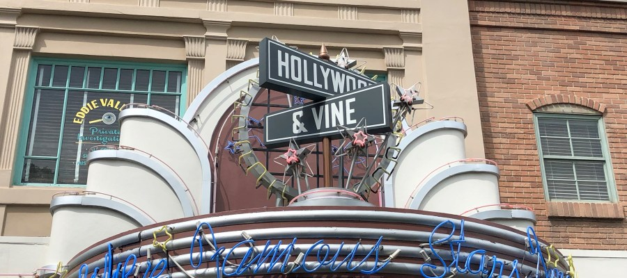 Platinum passholders can enjoy a 20 percent savings for lunch dining at Hollywood & Vine, Mama Melrose's Ristorante Italiano, and The Hollywood Brown Derby. This discount is available now through July 2, 2019. Stay tuned to Hollywood Studios HQ for all dining news. Disney's Hollywood Studios. Photo by John Capos
