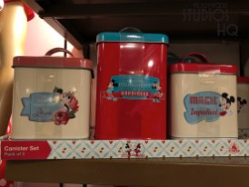 The Celebrity 5 & 10 store offers shoppers new Minnie themed merchandise to brighten any kitchen. Canister sets, cookie jars, rolling pins, towels, along with matching plates and ceramic mugs, are all awaiting shoppers. Hollywood Studios HQ remains the best source for all Park updates. Disney's Hollywood Studios. Photo by John Capos