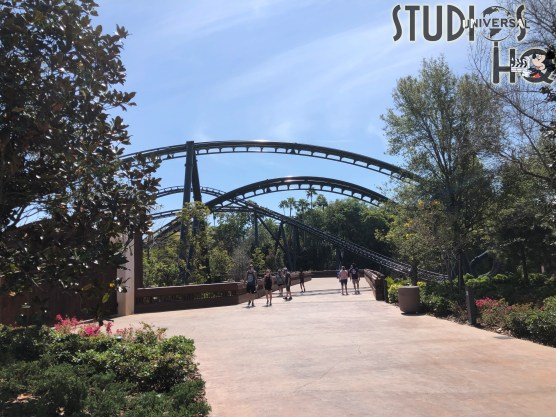 Guests can now enjoy the renovated bridge connecting Jurassic Park with the Lost Continent. This wide walk way enables individuals to experience four overhead passes of the new VelociCoaster which is set to open in the summer of 2021.Hollywood Studios HQ is your best source for all Universal Orlando Resort updates. Photo by John Capos