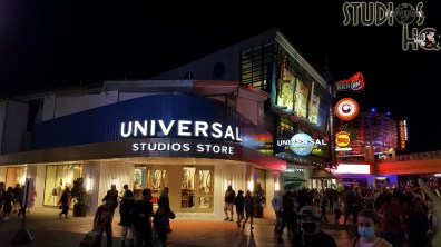 Guests can now enjoy the new Universal Studios Store that has opened its doors in City Walk. A selection of themed merchandise from both parks is tastefully displayed throughout this new shopping venue. The new store's decor includes large sketches of prominent structures from both Islands of Adventure and Universal Studios Florida. Hollywood Studios HQ will continue to feature exclusive articles and photos of this new shopping location. Universal Orlando. Photo by John Capos