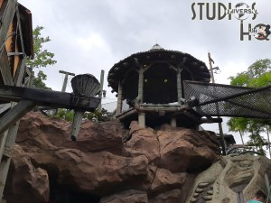 Guests have been exploring Camp Jurassic since the attraction's reopening in April 2021. The paths, slides, caves, and water features at the prehistoric themed playground are certain to delight campers. Hollywood Studios HQ provides photos and video below to allow you to tour this adventure today. Universal Orlando. Photo by John Capos