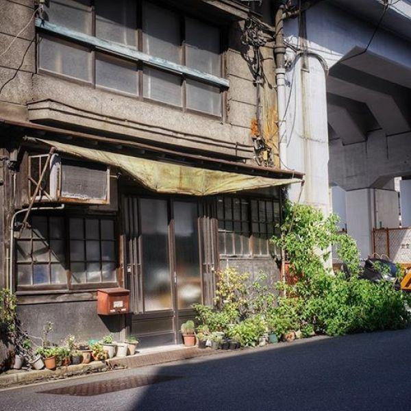 Tokyo 2017#a7 #50mmf28macro #snapseed #タバスコ光画 #ものくろ光画部