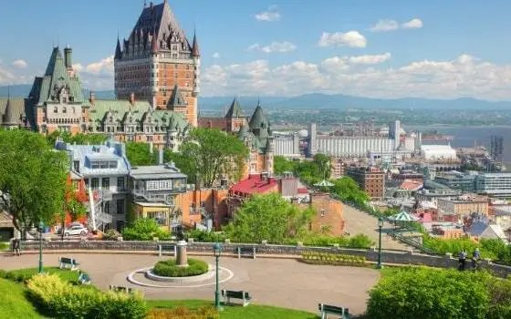 universities in canada without application fee