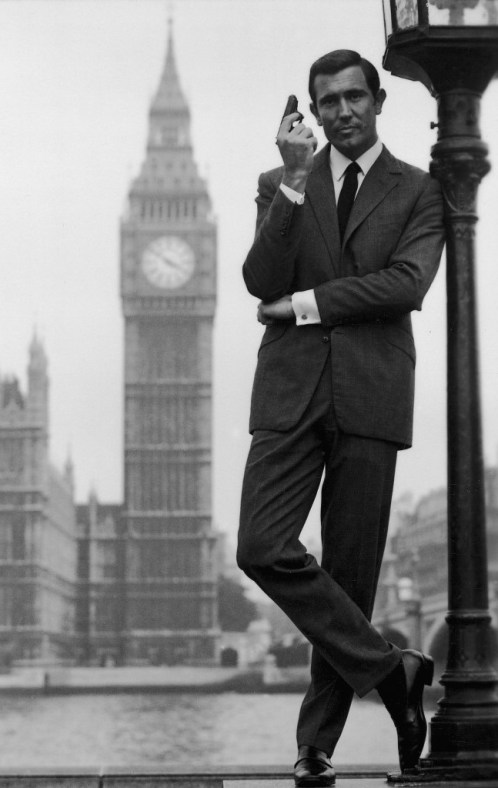 George_Lazenby_(OHMSS_Promotional_Still)
