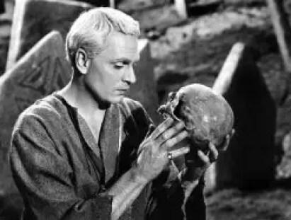 Lawrence Olivier in Hamlet