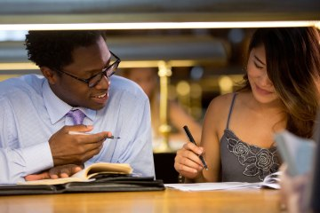 6 Essential Tidbits of Advice from Your Friendly Neighborhood Writing Center Tutor