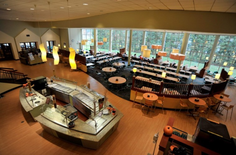 Even the 'Healthy' Options in Dining Halls Can Be Dangerous