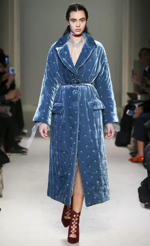 Luisa-Beccaria-Fall-Winter-2016-2017-fashion-trend-velvet