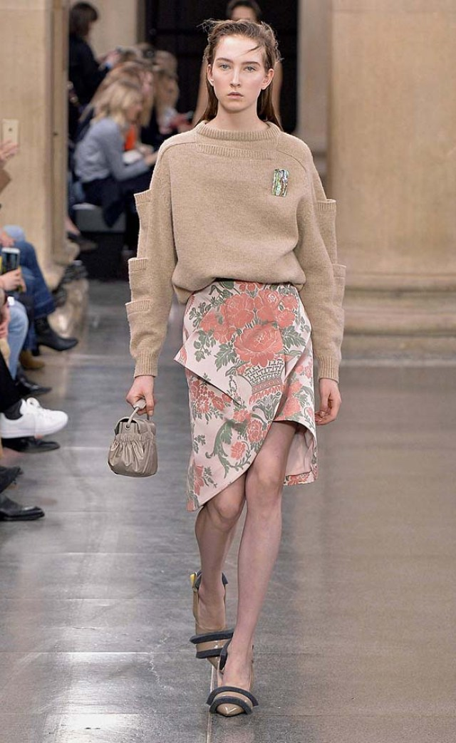christopher-kane-fw17-rtw-fall-winter-2017-18-collection-2-floral-dress-sweater