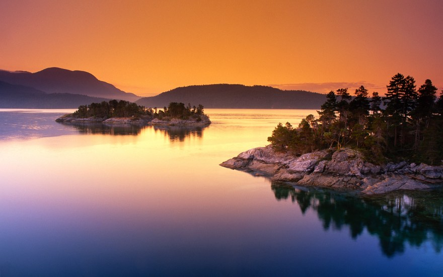 scenic-curme-islands-desolation-sound-british-columbia