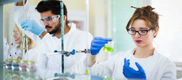 Pharmacy Students in Laboratory