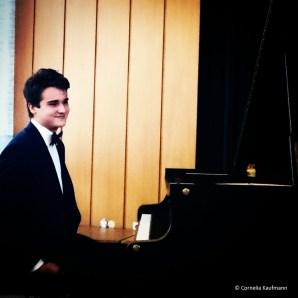 Pianist Elöd Ambrusz at his first solo concert in Solingen. © Cornelia Kaufmann