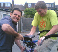 Hugh and Graham try and 'fix' the bike seat
