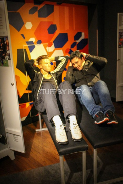 Working out with David Beckham at Madame Tussaud's Amsterdam