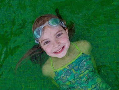 Take part in the Mass Sliming at Aqua Nick and watch the pool turn green!