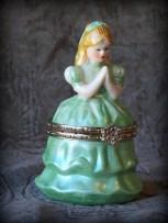 praying girl trinket box