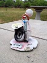 pottery clown by Zi