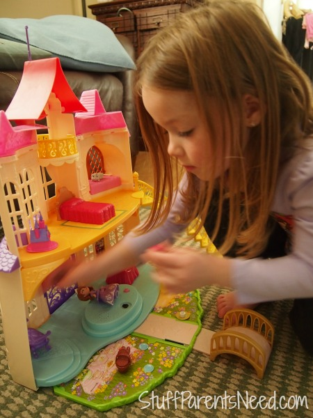 sofia the first magical talking castle 1