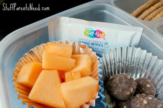 clean eating lunch kit with a wet nap