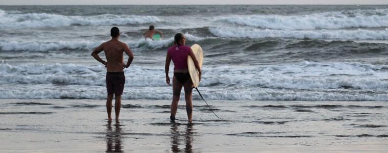 BALI ADVENTURE – DAY 6: Surfing in Medwei