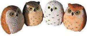 Set of 4 owl figurines