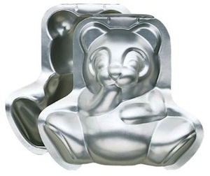 Wilton bear cake pan