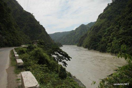 Road along the Trishuli river