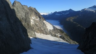 Wow - on the other side of Cache Col we can see the glacier we climbed in the fog the day before.